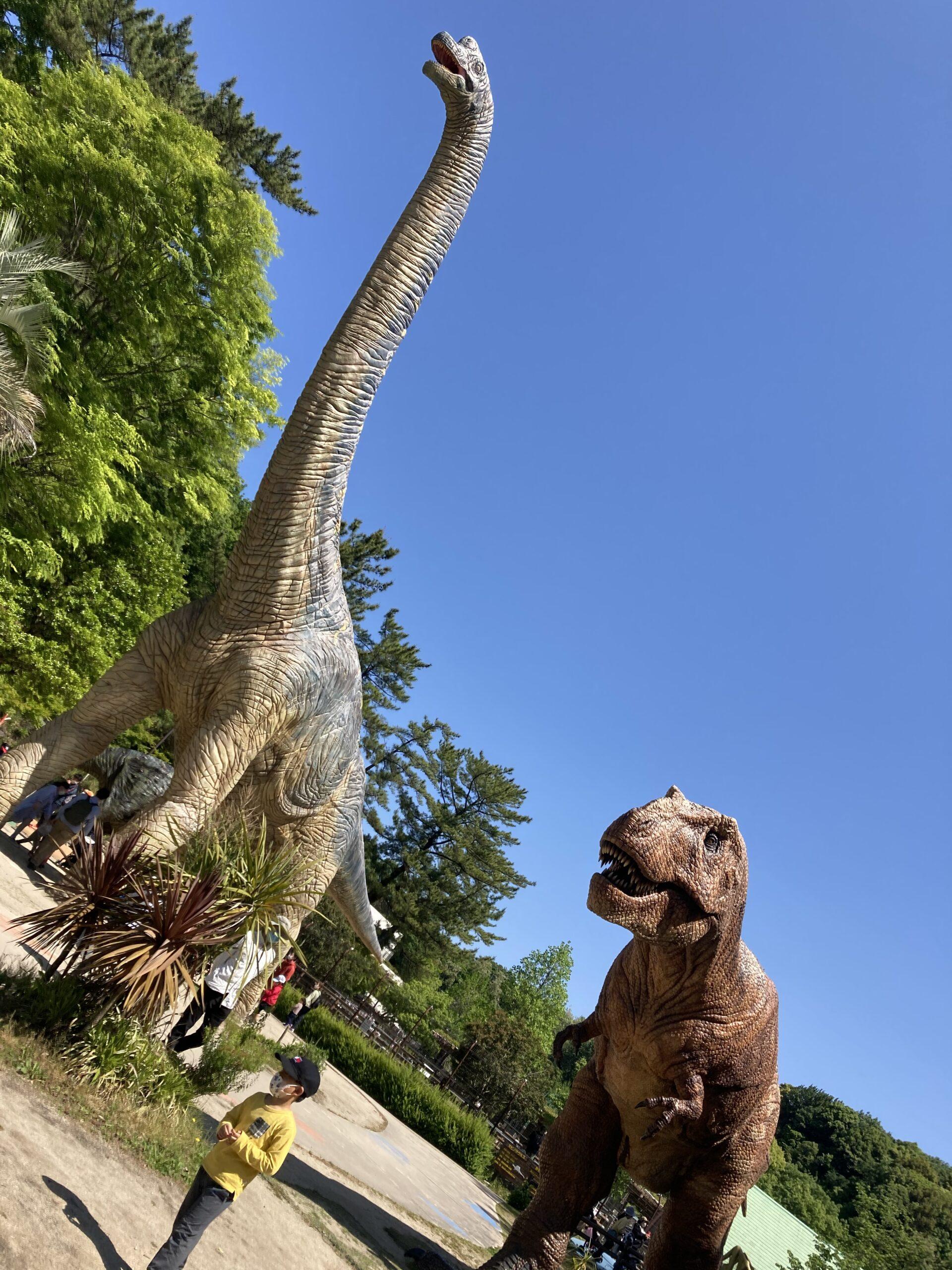 東岡崎公園恐竜1